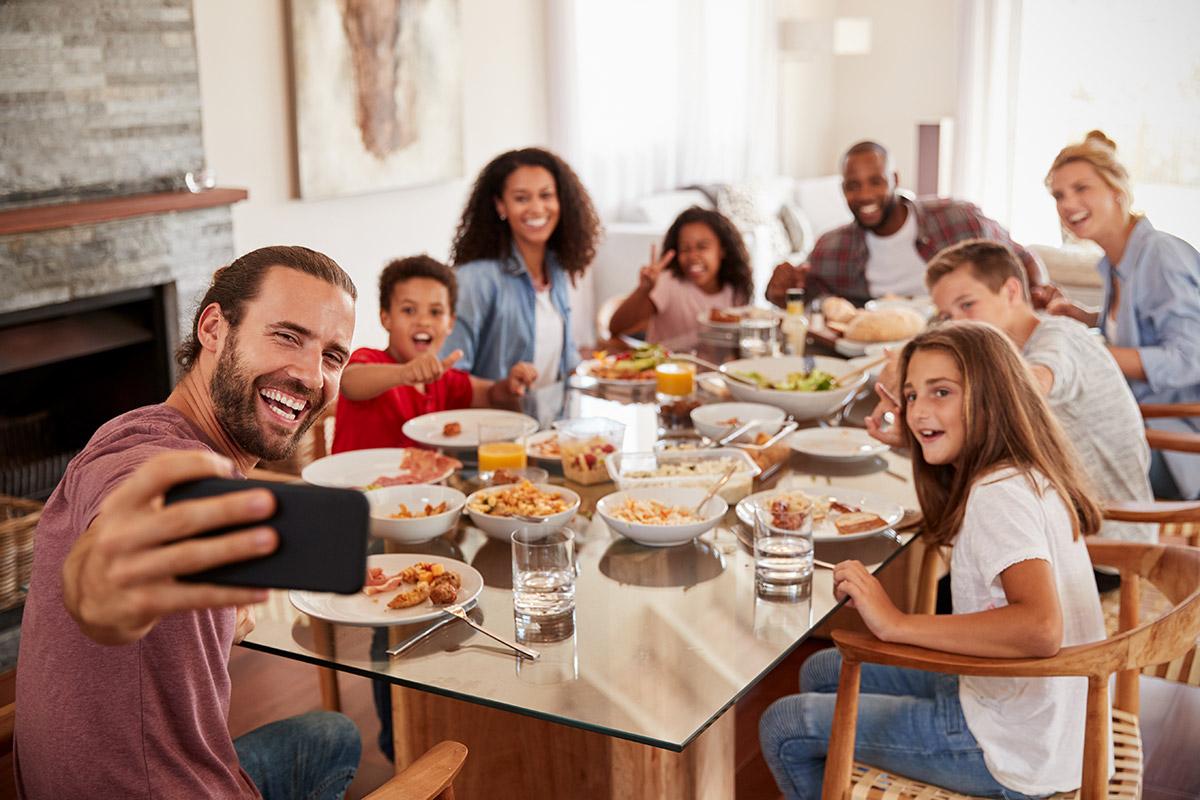Why Enjoy Restaurant Meals Together